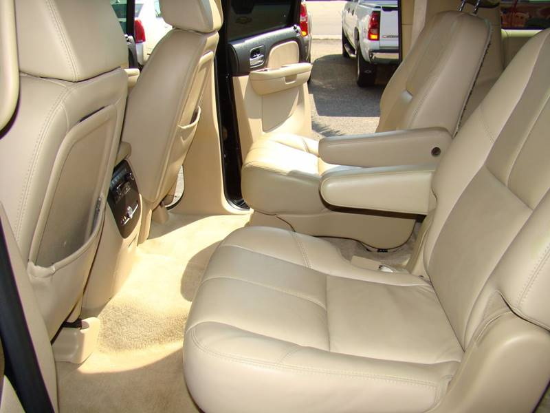 2007 Chevrolet Suburban for sale at GATEWAY AUTO in Lakewood CO