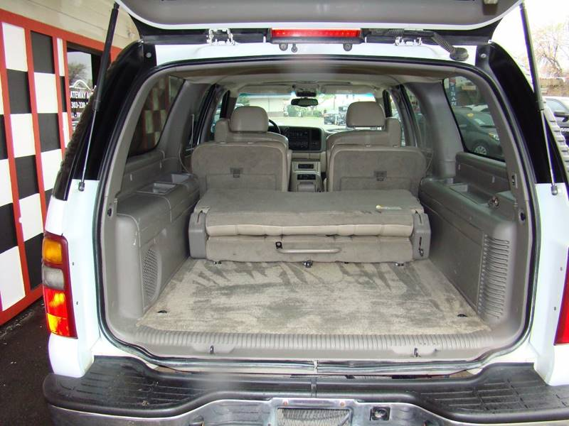 2002 Chevrolet Suburban for sale at GATEWAY AUTO in Lakewood CO