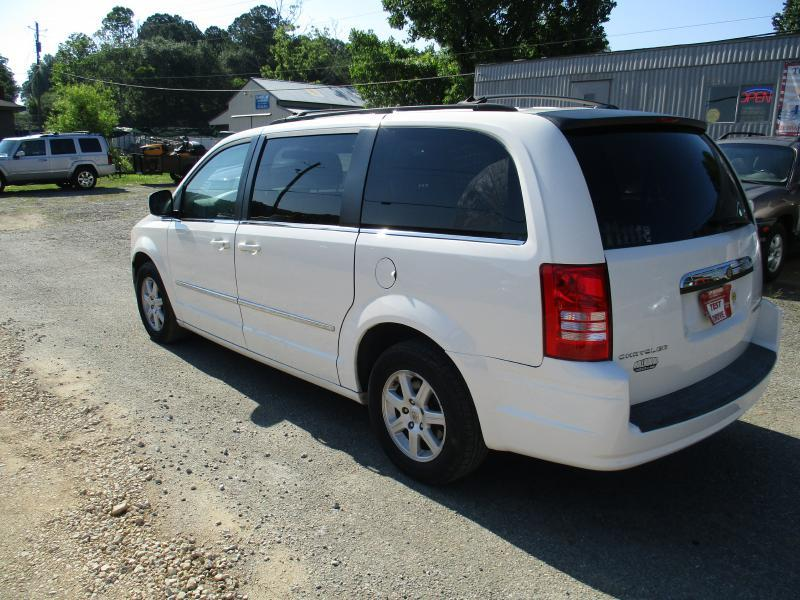 2010 Chrysler Town and Country Touring 4dr Mini-Van - Rome GA