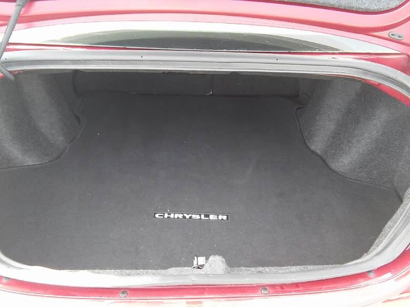 2013 Chrysler 200 for sale at COMPTON MOTORS LLC in Sturtevant WI