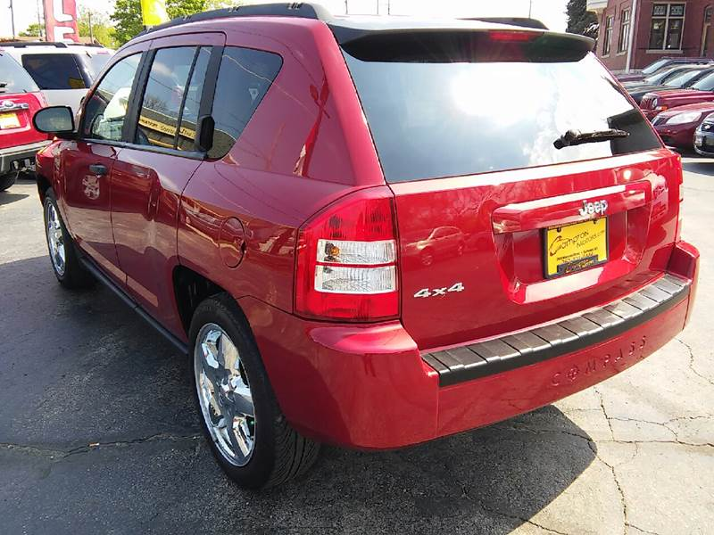 2007 Jeep Compass for sale at COMPTON MOTORS LLC in Sturtevant WI