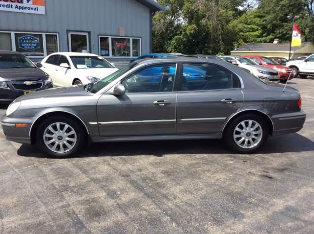 2004 Hyundai Sonata for sale at COMPTON MOTORS LLC in Sturtevant WI