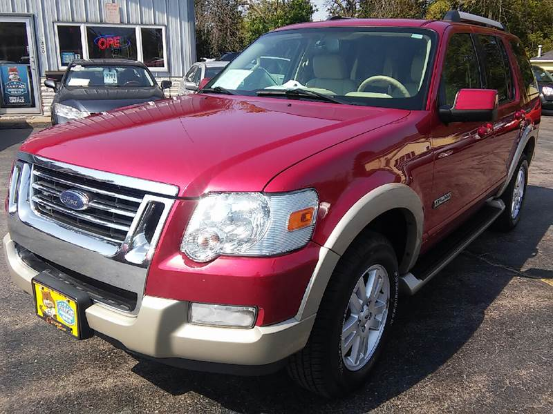 2006 Ford Explorer for sale at COMPTON MOTORS LLC in Sturtevant WI