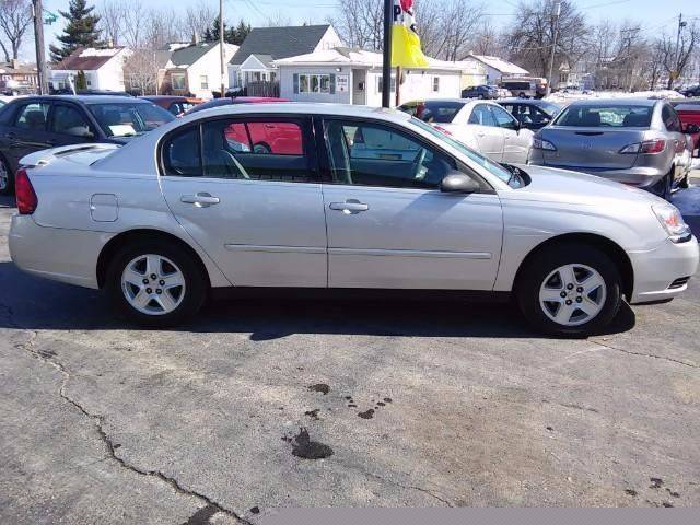 2005 Chevrolet Malibu for sale at COMPTON MOTORS LLC in Sturtevant WI