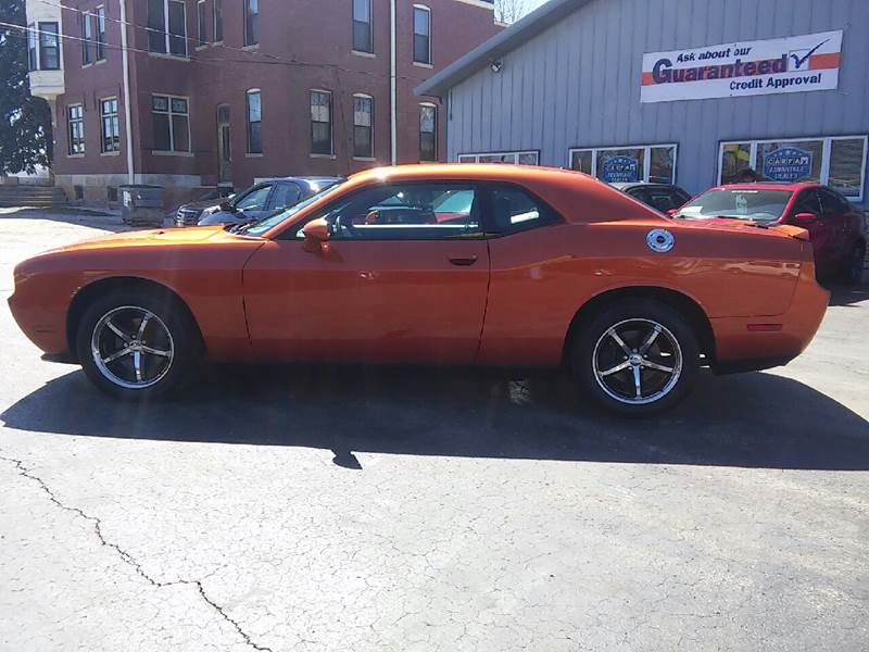 2011 Dodge Challenger for sale at COMPTON MOTORS LLC in Sturtevant WI