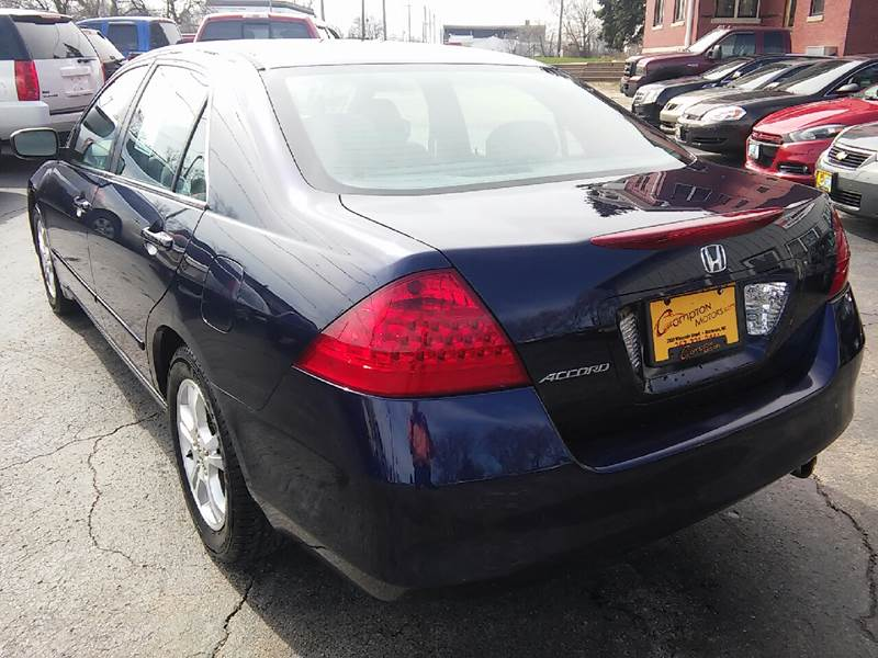 2006 Honda Accord for sale at COMPTON MOTORS LLC in Sturtevant WI