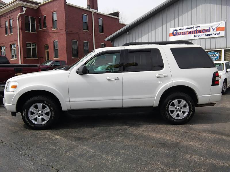 2010 Ford Explorer for sale at COMPTON MOTORS LLC in Sturtevant WI