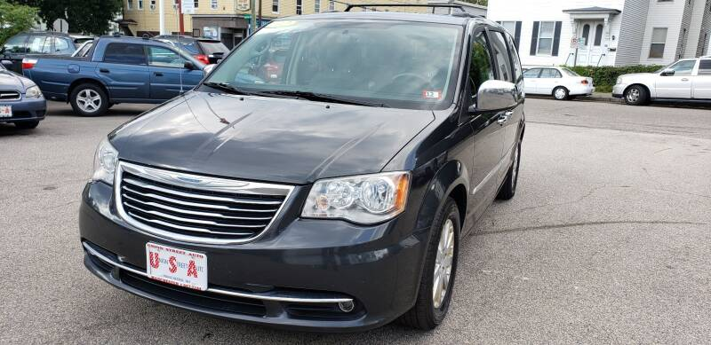 2012 Chrysler Town and Country for sale at Union Street Auto in Manchester NH