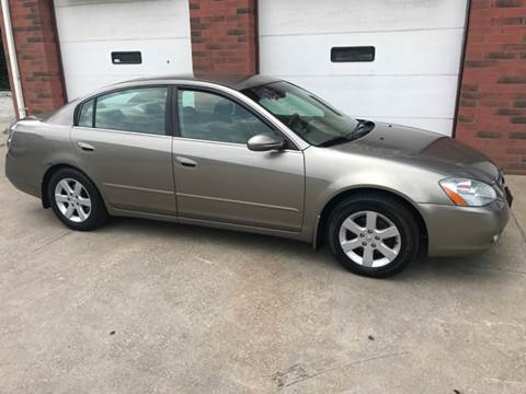 2003 Nissan Altima for sale at David's Auto Sales in Akron OH