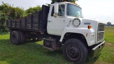 1990 Ford L8000 for sale in Warsaw VA