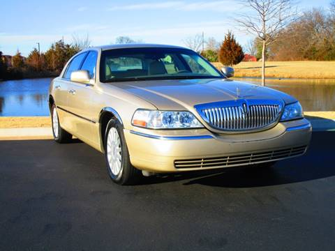 2005 Lincoln Town Car for sale at Oklahoma Trucks Direct in Norman OK