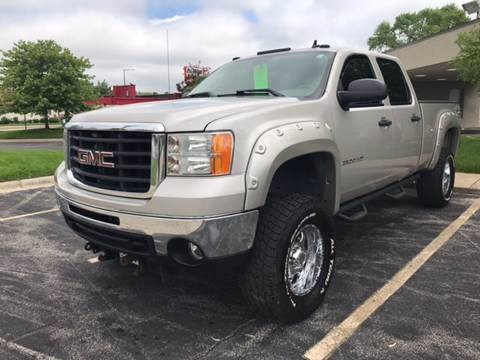 2007 GMC Sierra 2500HD for sale at Peak Motors in Loves Park IL