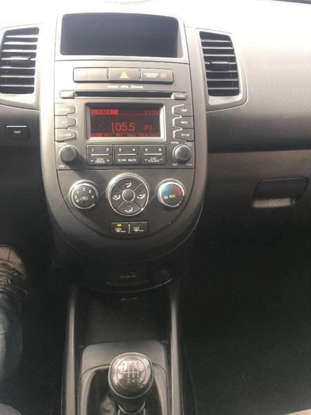 2013 Kia Soul 4dr Wagon 6M - Belfast ME