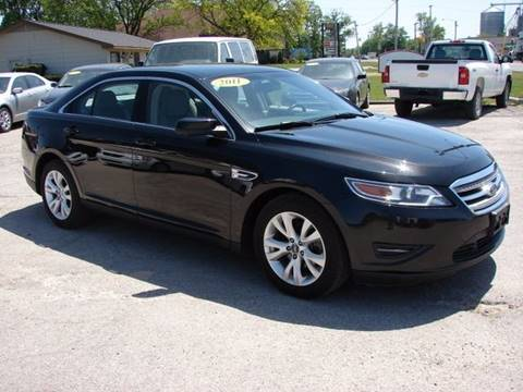 2011 Ford Taurus for sale in Berne, IN