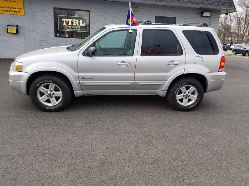 2006 ford escape hybrid in west hartford ct - toria truck rental and
