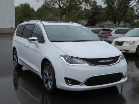 2020 Chrysler Pacifica for sale in Lowell, MI