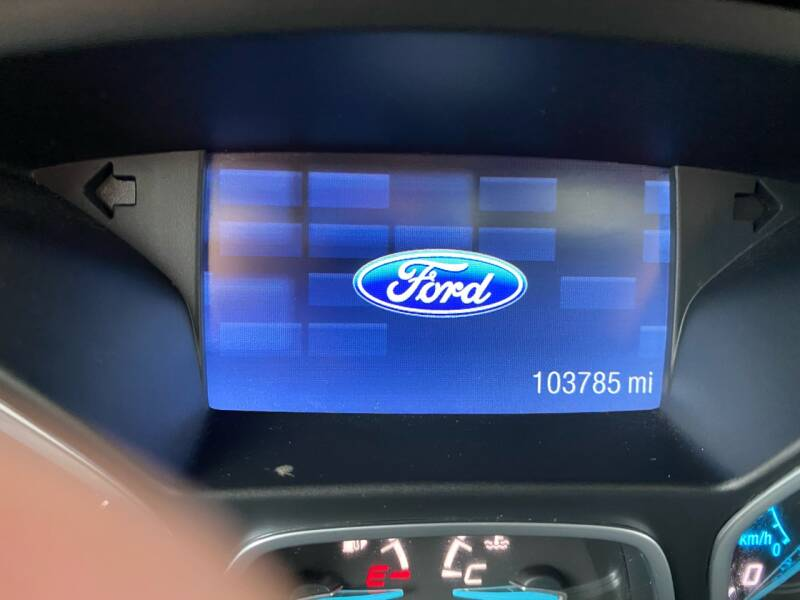 2015 Ford Escape AWD SE 4dr SUV - South Darthmouth MA