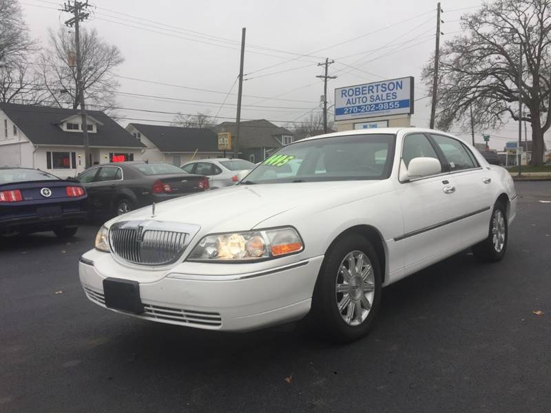 2011 Lincoln Town Car Signature Limited In Bowling Green Ky