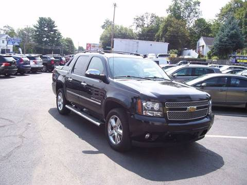 2013 Chevrolet Black Diamond Avalanche for sale in Brockton, MA