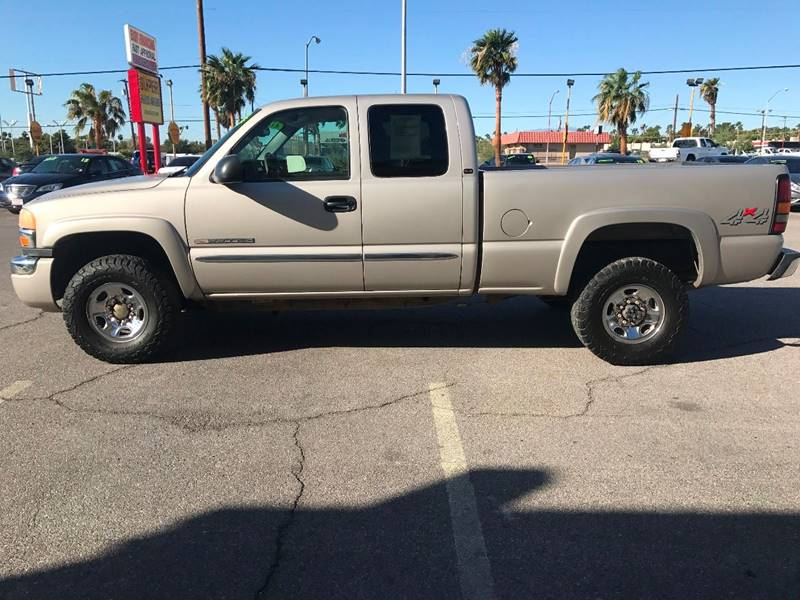 2005 GMC Sierra 2500HD for sale at Super Auto Sales in Las Vegas NV