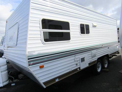 2004 Skyline Layton Lite Travel Trailer