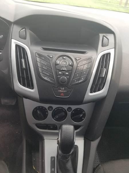 2012 Ford Focus SE 4dr Sedan - Milaca MN