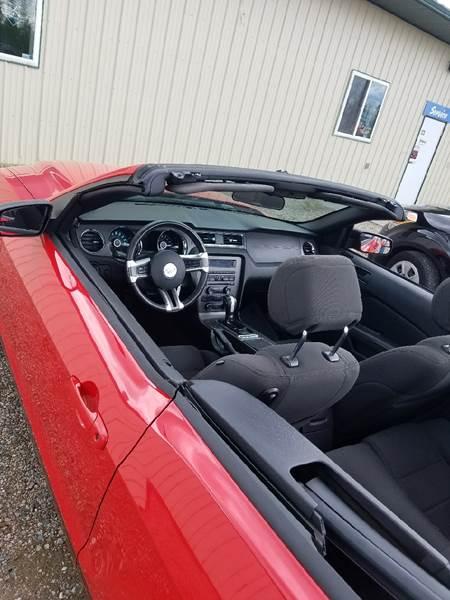 2014 Ford Mustang V6 Premium 2dr Convertible - Milaca MN