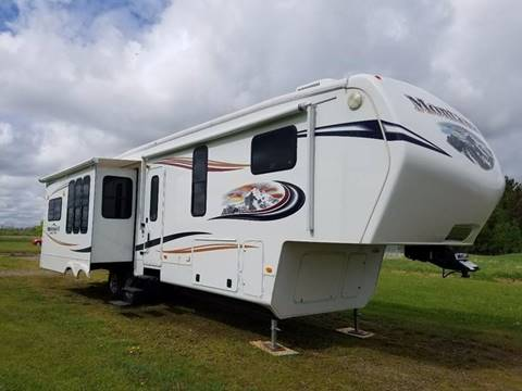 2013 Keystone Montana for sale in Milaca MN