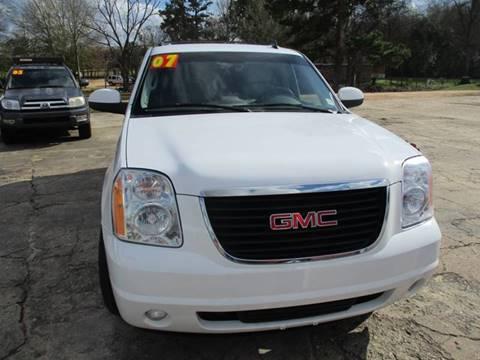 2007 GMC Yukon XL for sale in Columbia, MS
