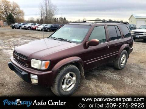 1999 Infiniti QX4 for sale at PARKWAY AUTO CENTER AND RV in Deer Park WA