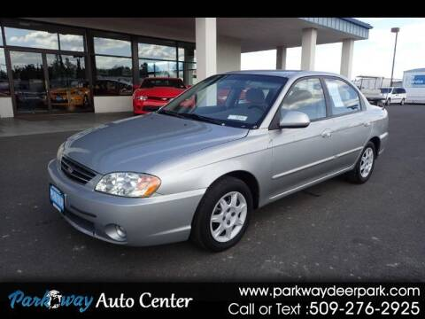 2003 Kia Spectra for sale at PARKWAY AUTO CENTER AND RV in Deer Park WA