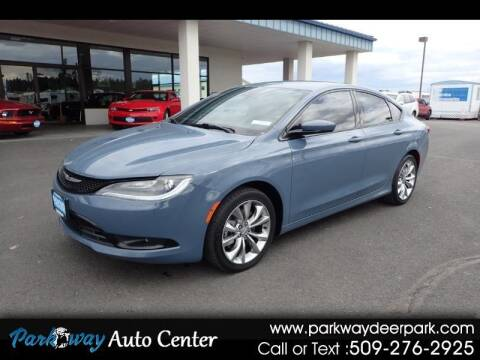 2015 Chrysler 200 for sale at PARKWAY AUTO CENTER AND RV in Deer Park WA