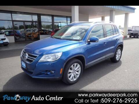2009 Volkswagen Tiguan for sale at PARKWAY AUTO CENTER AND RV in Deer Park WA