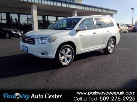 2008 Toyota Highlander for sale at PARKWAY AUTO CENTER AND RV in Deer Park WA