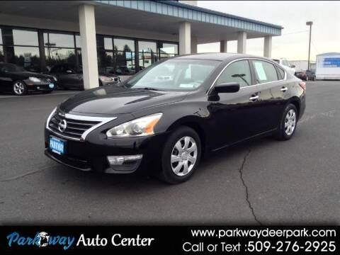 2013 Nissan Altima for sale at PARKWAY AUTO CENTER AND RV in Deer Park WA