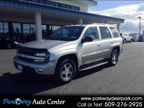 2004 Chevrolet TrailBlazer for sale at PARKWAY AUTO CENTER AND RV in Deer Park WA