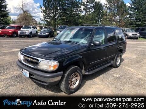 1998 Ford Explorer for sale at PARKWAY AUTO CENTER AND RV in Deer Park WA