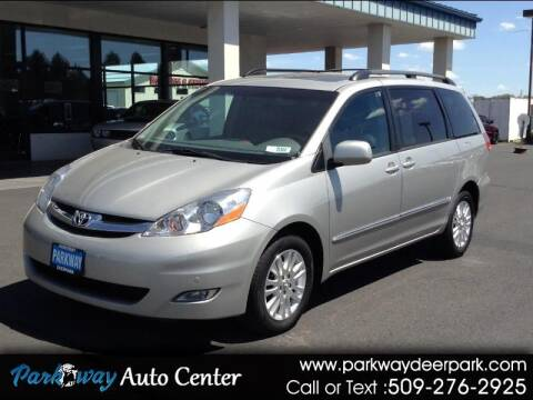 2008 Toyota Sienna for sale at PARKWAY AUTO CENTER AND RV in Deer Park WA