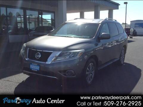 2016 Nissan Pathfinder for sale at PARKWAY AUTO CENTER AND RV in Deer Park WA