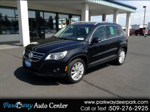 2011 Volkswagen Tiguan for sale at PARKWAY AUTO CENTER AND RV in Deer Park WA