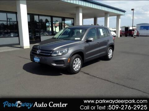 2013 Volkswagen Tiguan for sale at PARKWAY AUTO CENTER AND RV in Deer Park WA