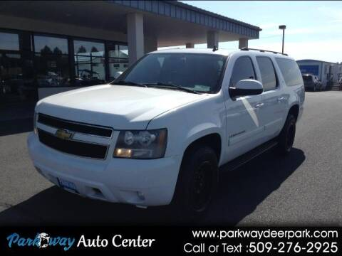 2007 Chevrolet Suburban for sale at PARKWAY AUTO CENTER AND RV in Deer Park WA