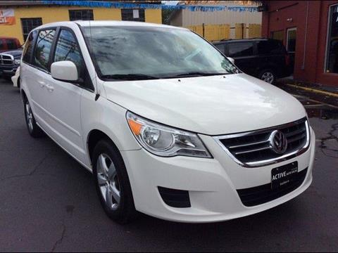 2010 Volkswagen Routan for sale in Hatboro, PA