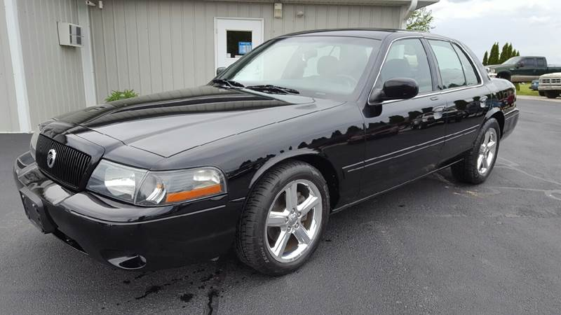 2003 Mercury Marauder for sale at 920 Automotive in Watertown WI