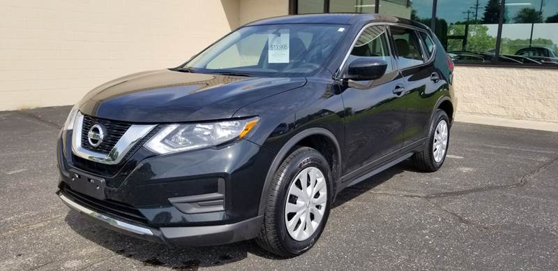 2017 Nissan Rogue for sale at 920 Automotive in Watertown WI