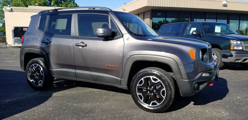 2017 Jeep Renegade for sale at 920 Automotive in Watertown WI