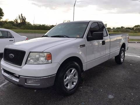 2004 Ford F-150 for sale at LA Motors Miami in Miami FL