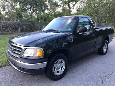 2002 Ford F-150 for sale at LA Motors Miami in Miami FL