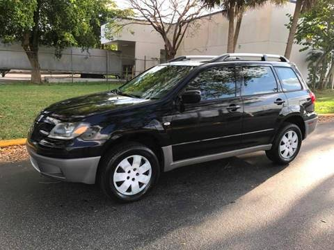 2003 Mitsubishi Outlander for sale at LA Motors Miami in Miami FL