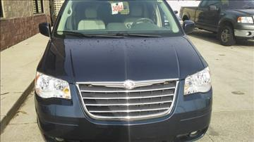 2008 Chrysler Town and Country for sale in Hazel Park, MI